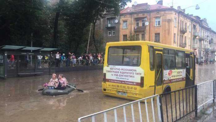 У Львові - потоп
