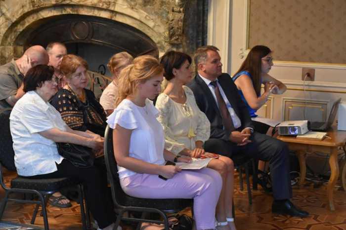 ані Ющенко, ані Тимошенко нічого не зробили для української армії