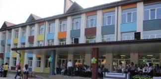 Нова школа на Пустомитівщині відкрила двері для більше п'яти сотень учнів