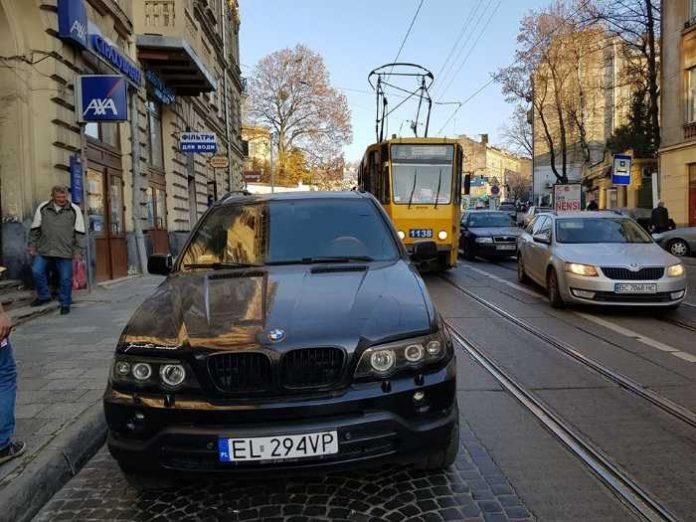 Як у Львові водій на