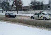 У Львові на вулиці Луганській не розминулись автомобілі. Фото Варта-1