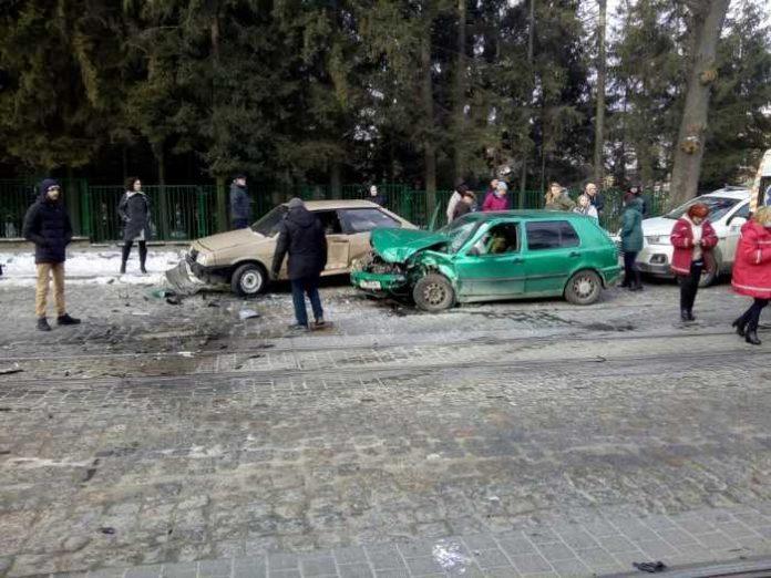 Аварія у Львові. Фото Варта-1