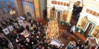 Президент особисто подякував громаді Великих Мостів за перехід до Православної Церкви України