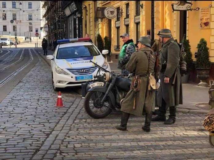 Тим часом у Львові Фото: Elik Dankevich
