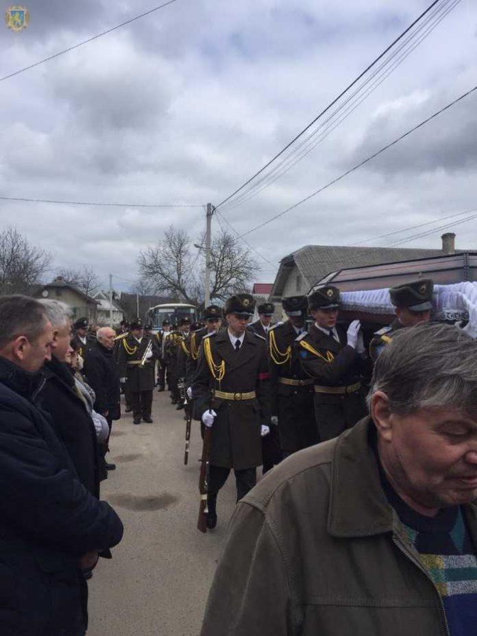 Львівщина попрощалась із бойовим медиком Володимиром Маркевичем