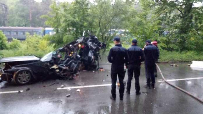 Поблизу Львова внаслідок ДТП загинуло двоє осіб