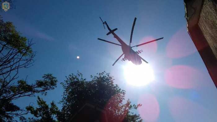 На Львівщині прощаються із військовими вертолітниками