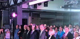 """Порошенко представляє першу десятку """"Європейської Солідарності"""" . Фото УП"""