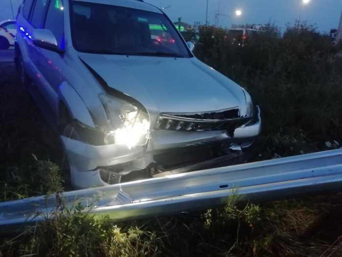 У мережі оприлюднили фото чоловіка, який викрав і розбив дорогу іномарку. Фото Варта1
