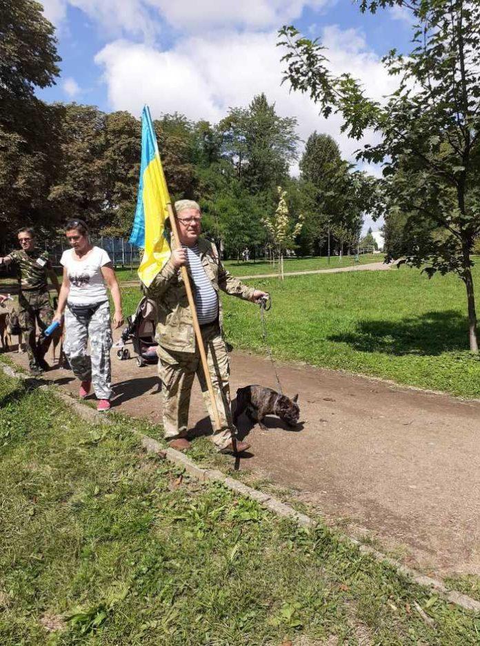 У Львові нагородили собак, які виконували бойові завдання на Донбасі: яскраві фото