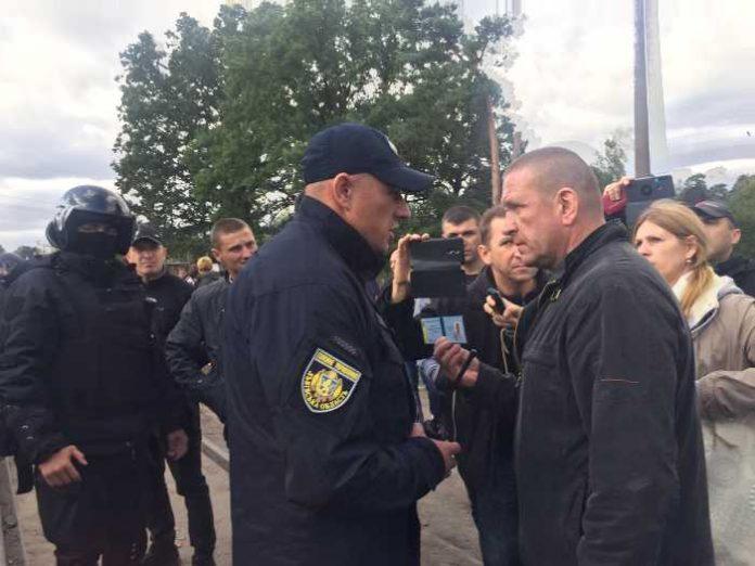 На Львівщині під час заходів з розблокування руху поїздів постраждало восьмеро поліцейських, - МВС