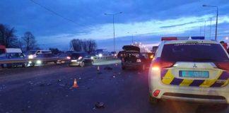 На Яворівщині зіткнулись автомобілі. Фото: відкриті джерела.