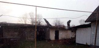 На Яворівщині згоріла господарська будівля